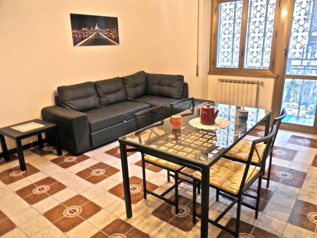 Elegant apartment in San Giovanni square