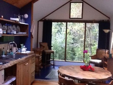 Juliette's Place: Tea in the Woods