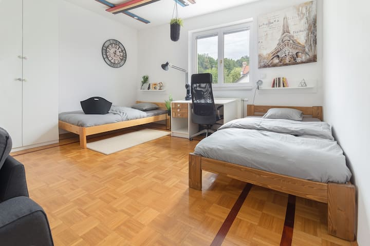 New *Funky Room* Nice walk to the city center