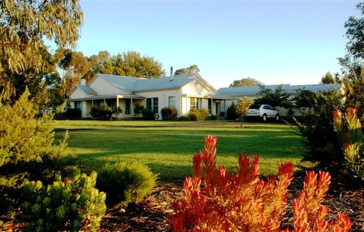 Grampians View Bed & Breakfast