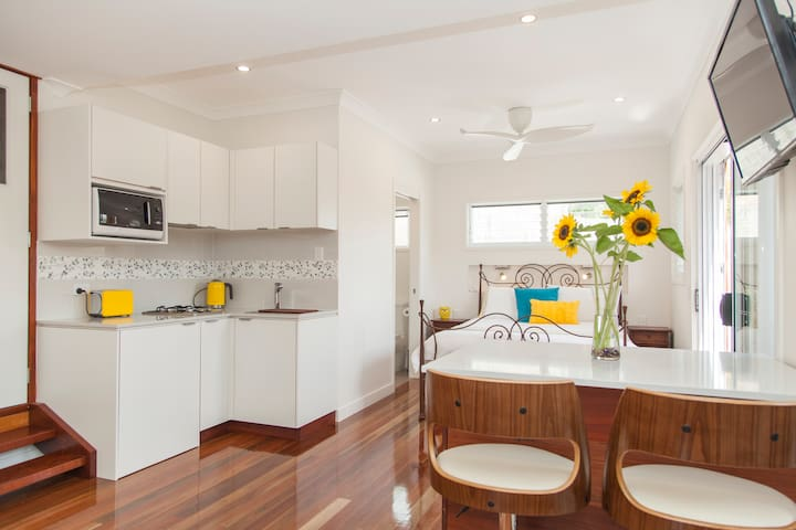 Private studio- Brisbane southside - Carina Heights