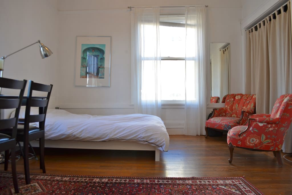 Sunny Downtown Berkeley Apartment Apartments For Rent In Berkeley California United States