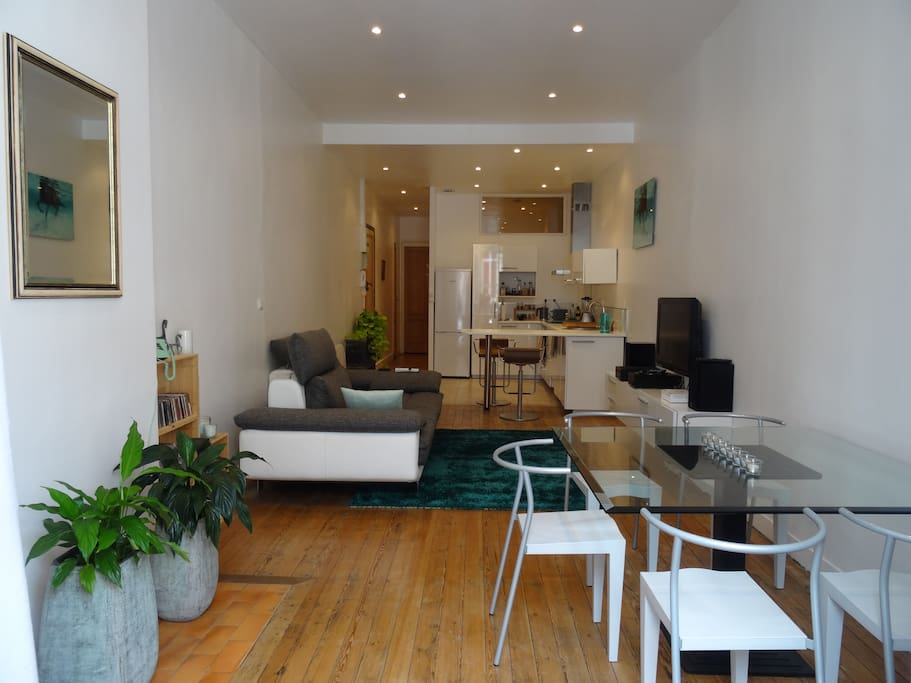 Tr s beau t2 ancien r nov bordeaux centre appartements for Appartement a louer bordeaux centre t2