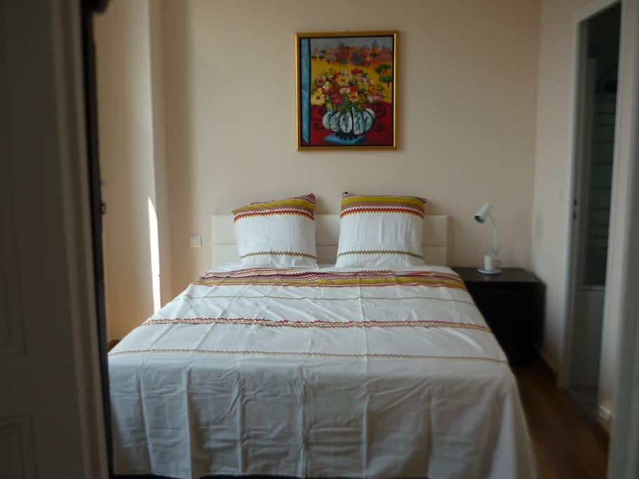 chambre calme avec excellente literie
