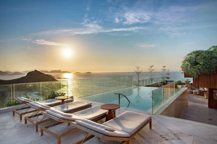 Superior Double Ocean Front At Copacabana – Leme