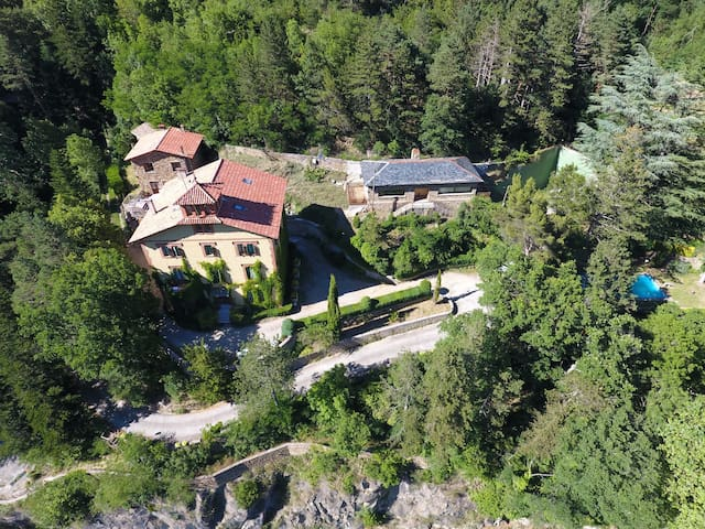 Acogedor loft rodeado de bosque - La Collada - Ribes de Freser - Loteng Studio