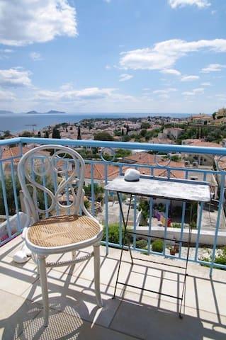 Magical summer villa with sea view - Spetses - Villa