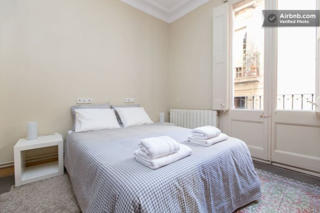 City center chambres d 39 h tes louer barcelone for Chambre d hote espagne