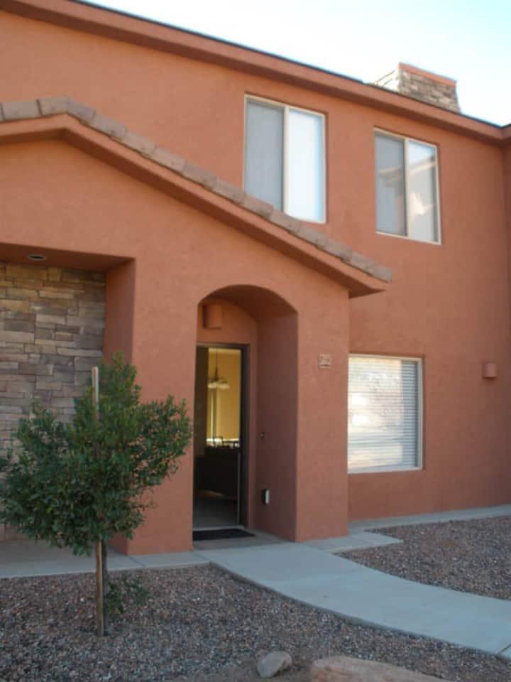 Pueblo Guest House