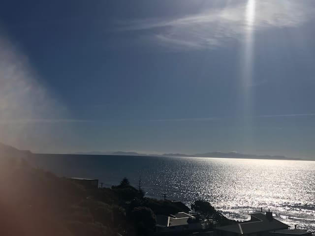 Wow what a view - Paekakariki - Hus