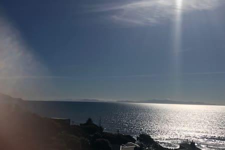 Wow what a view - Paekakariki - 獨棟