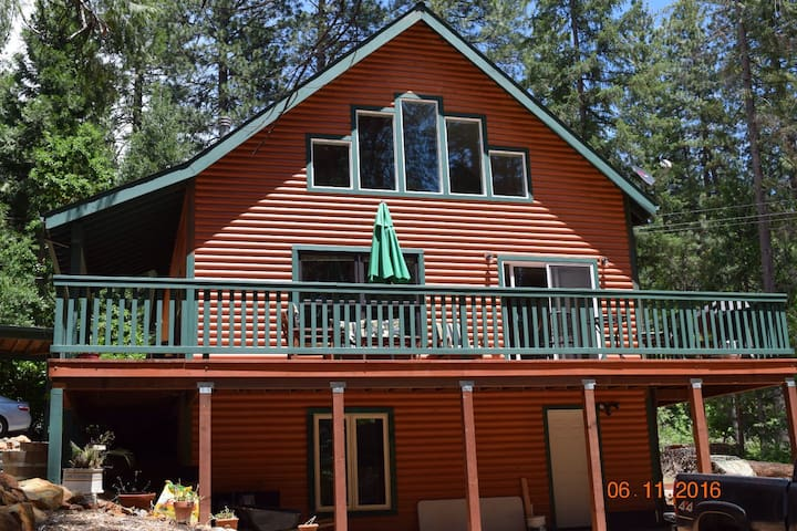 May's Place - Nevada City - Chalet