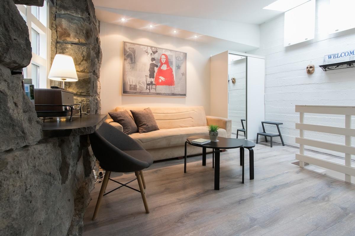 | Reykjavik Airbnb Hot Tub | Airbnb Reykjavik Two Bedroom Apartments | Airbnb Iceland Reykjavik | Reykjavik Airbnb | Airbnb Reykjavik 101 | Best Iceland Airbnb