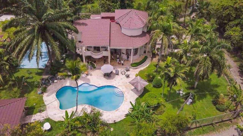 Great villa! Villa Enersula Marina , Rio Masipedro