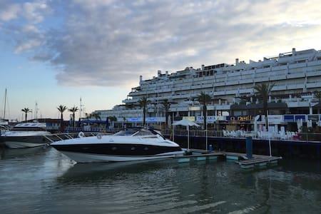 Luxury Yacht Vilamoura - Vilamoura - Barco