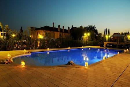 Relais Comfort House Casa La Querce - Montemurlo