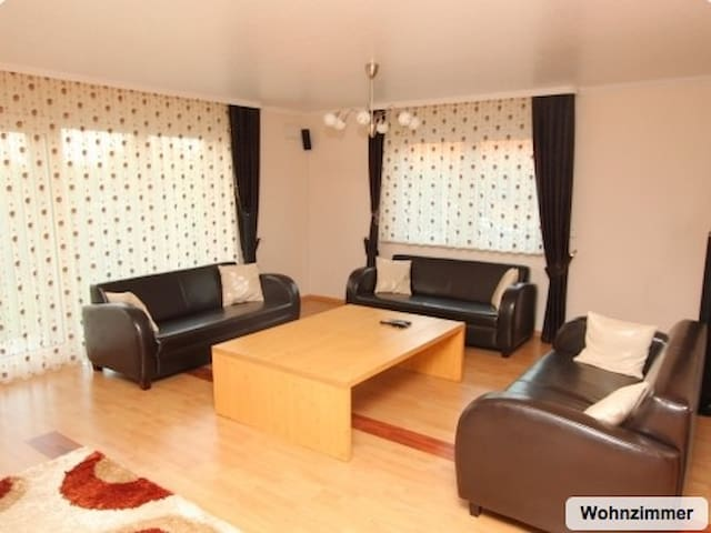 ID 3493 | House for 7 persons with WIFI - Hanover - House