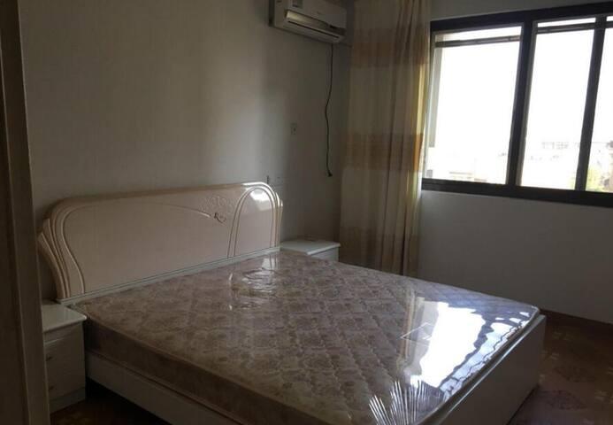 Beautiful Upscale Private Room