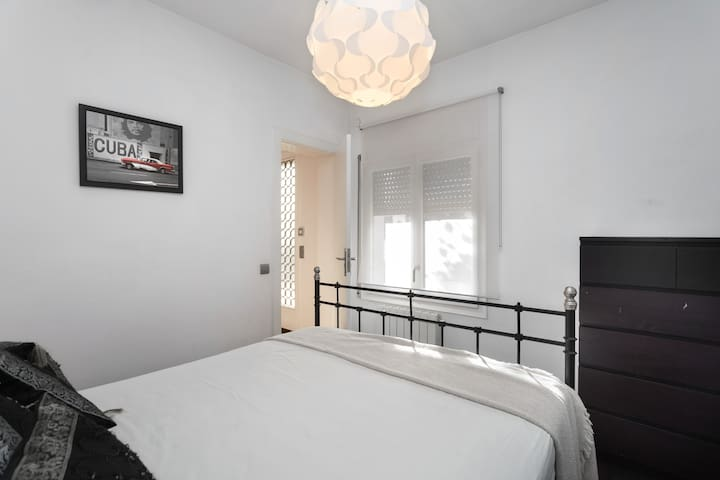 Double bedroom,  by the hall, 150cm bed, fan, and radiator