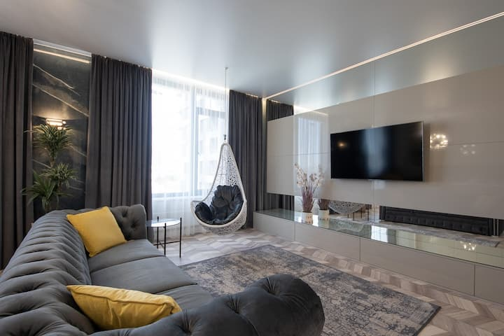 Luxury apartment in centre of city