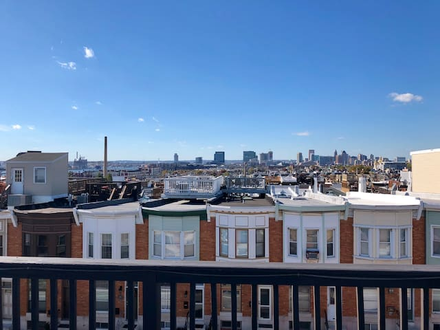 Top of Canton Rowhome w/Parking. Bmore@Home.