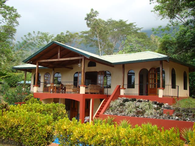 Private home surrounded by nature houses for rent in for Costa rica rental houses