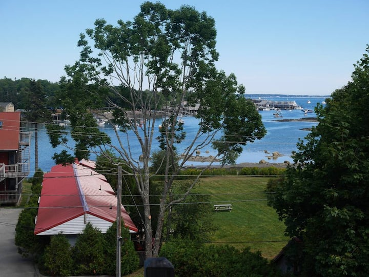Waterview Condo Near Acadia Ntl. Park -The Helm