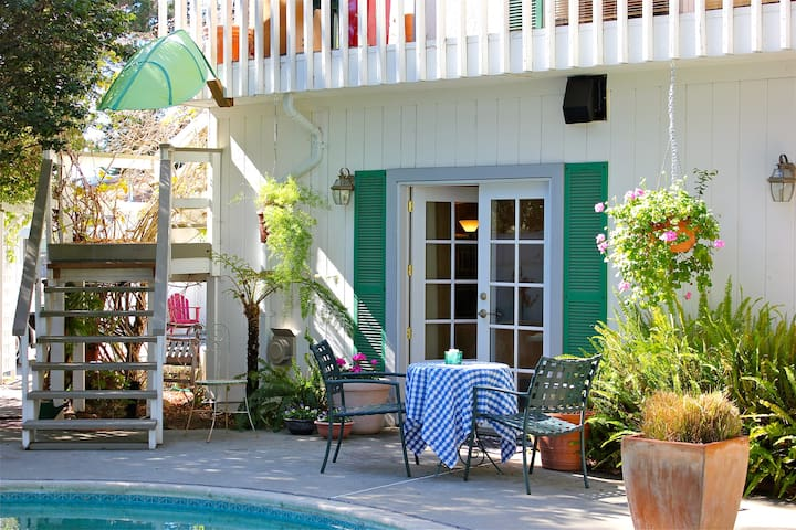Coastal studio, pool, sauna & hot tub - Aptos - House