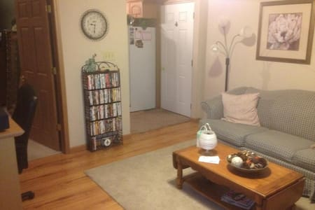 Super Bowl Apartment for Rent l!! - Greenfield - Apartamento