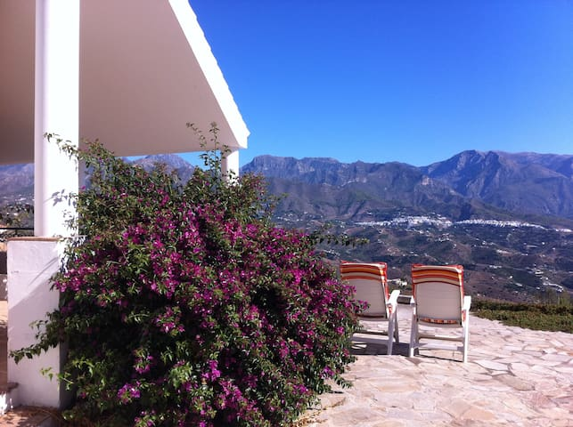 Andalusian villa with amazing view! - Torrox - House