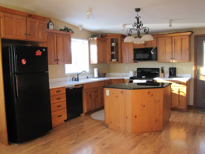3 Bedrooms, PSU Football, Rails to Trails