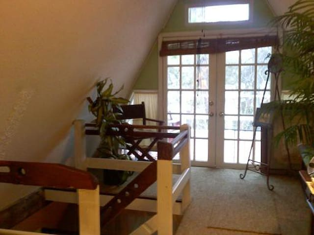 4 blks to toes in sand/ocean-Back - Tybee Island - Apartamento