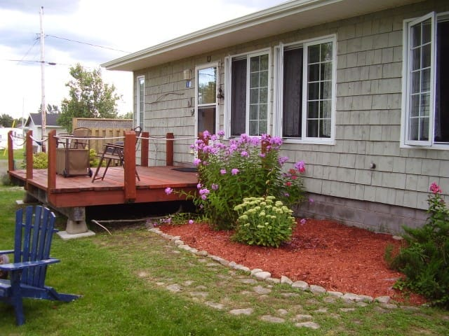 Beautiful cottage near Shediac NB - Grande-Digue - Hytte