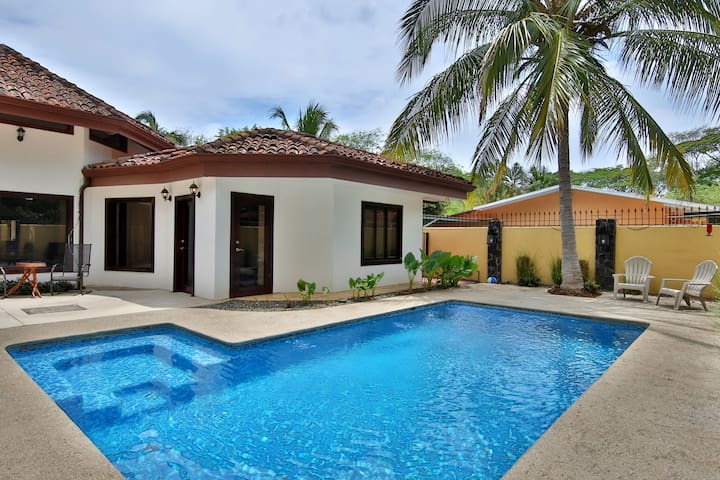 Luxury Villa by the Beach in Potrero, Guanacaste