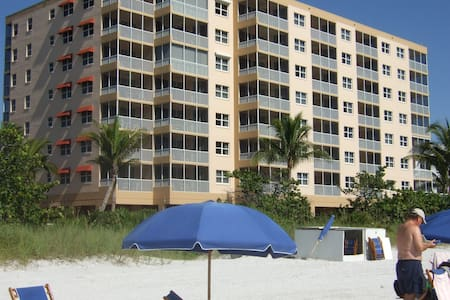 FT MYERS BEACH FRONT 2 BEDR 2 BATH  - Fort Myers Beach