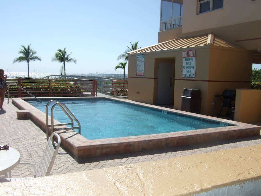 PRIVATE POOL WITH GREAT BEACH VIEW TO RELAX AND ENJOY