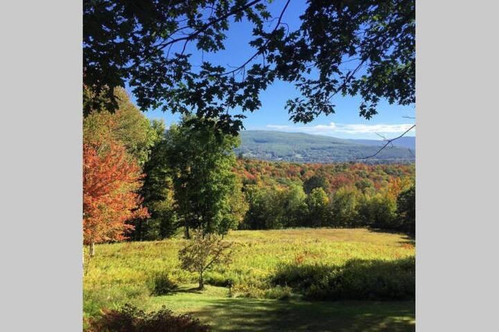 Mountain Top Retreat, Great Purple Valley Views