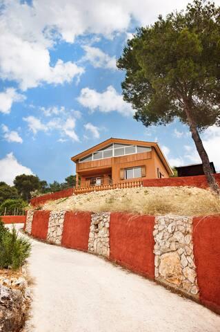 Casa en pleno PARQUE NATURAL   HUTB-014334 - Olivella - House