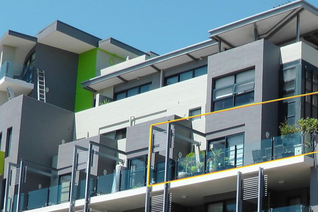 Dee Why Rental in Premium Apartment