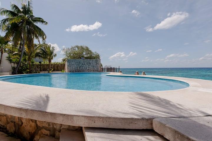 Ocean view condo at Suites Turquesa #131