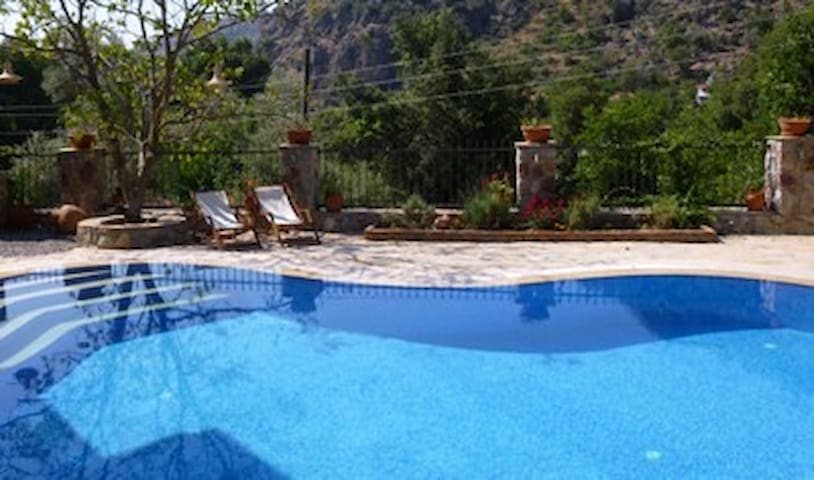 Villa Han, Orhaniye Village, near Marmaris, Turkey - Marmaris - Talo