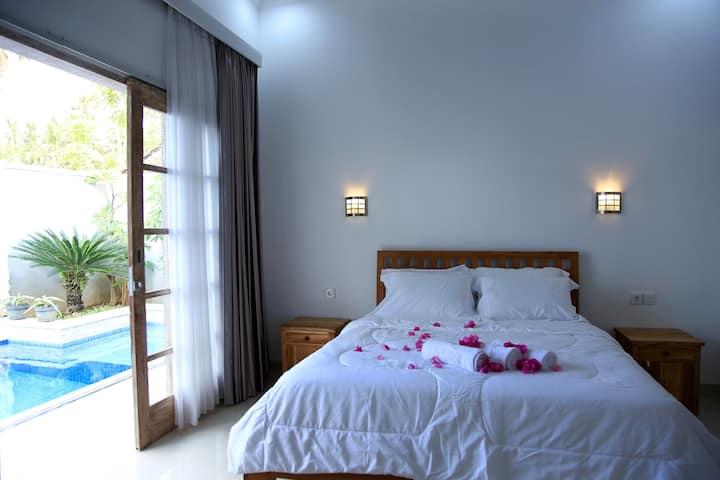 LOVINA WAY, Luxury Private pool  Villa.