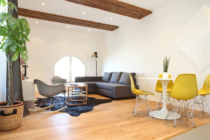 Apartment in Marseille's Old Port