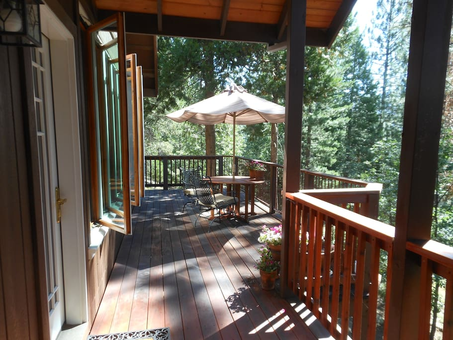 Guest cottage deck with mountain views