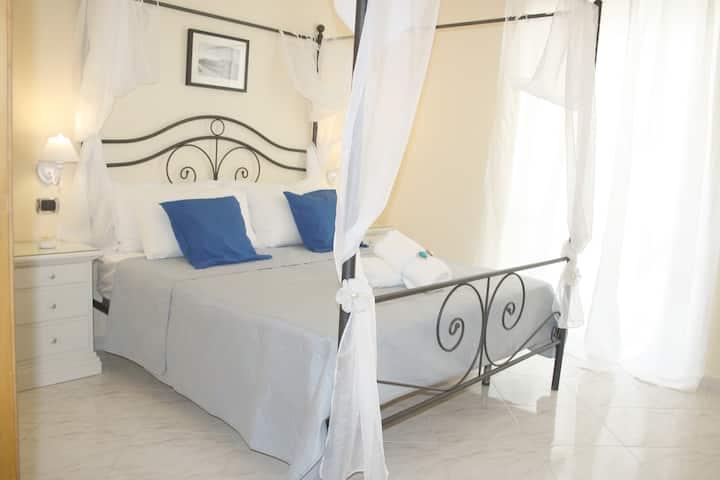 City life Pompeii- Luna suite con balcone-