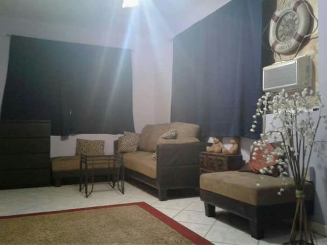 VIP - COMFY ROOM FOR 3 IN A BIG HOUSE. - Hallandale Beach - Hus