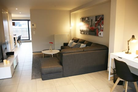 Sunny penthouse with 2 large terraces and garage - Knokke-Heist - アパート
