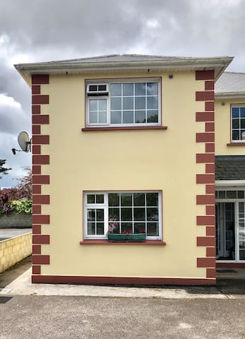2 bedroom apartment in ideal Tralee location