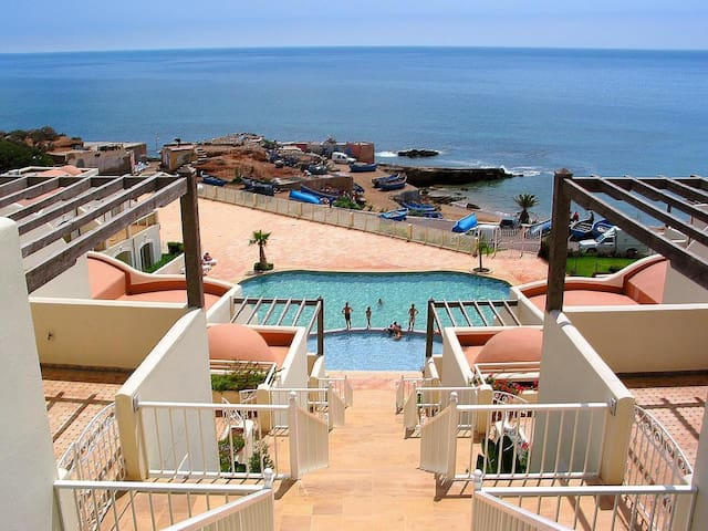 Holiday home on Tiguert beach -  right by the pool - Taghazout - บ้าน