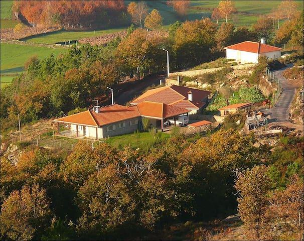 Casa da Cabreira (licença 11131/AL) - Cabeceiras de Basto - Bungalov